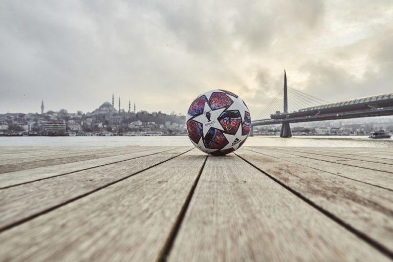 "UEFA publikon topin ""Istanbul 20"" (FOTO)"