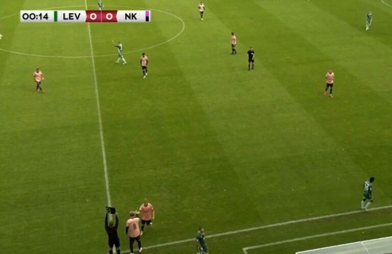 Zëvendësimi më i shpejtë në historinë e futbollit, pas vetëm 13 sekondave!
