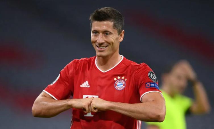 Lewandowski pas golit ndaj Lazios, hyn në histori të Ligës së Kampionëve