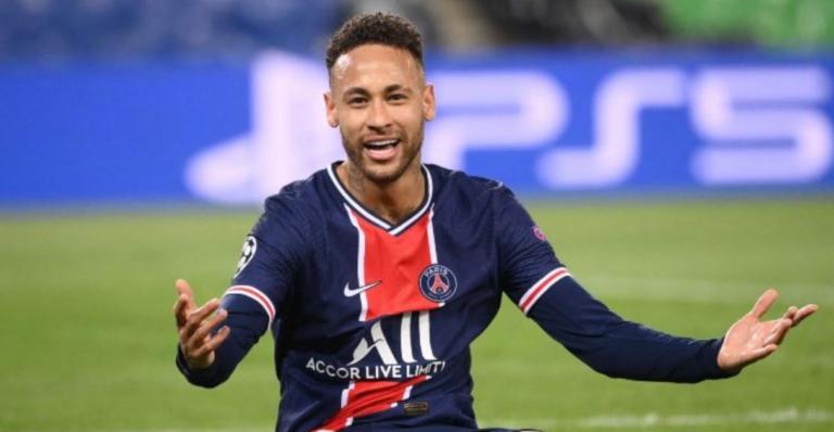 Neymar, paguan 142 punëtorë pa punuar